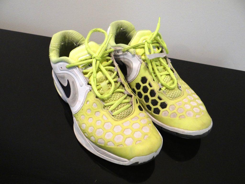 nike-airmax-tennis-shoe
